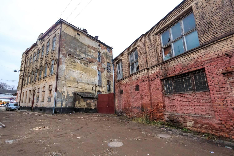 Vul. Khmelnytskoho, 169. View of the former Krampner's townhouse from vul. Zustrichna/Photo courtesy of Nazarii Parkhomyk, 2015