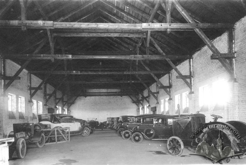 Interior of the City Cleaning Plant building on ul. św. Martina/ ul. Zborowskich (now vul. Zhovkivska/ vul. Donetska) in 1900-1914./