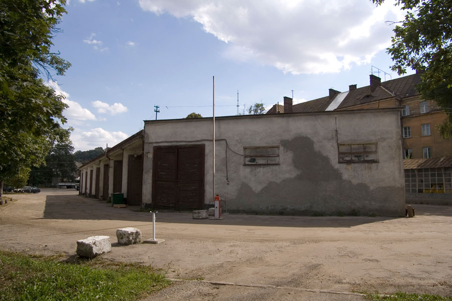 Vul. Zhovkivska, 18. Buildings on the territory of the former City cleaning plant/Photo courtesy of Ihor Zhuk, 2013