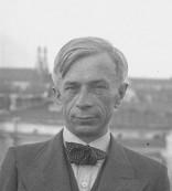 Jan Brzoza, 1937. Courtesy of: Koncern Ilustrowany Kurier Codzienny - Archiwum Ilustracji, Narodowe Archiwum Cyfrowe