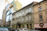 Vul. Shukhevycha, 3 (former Kamienna).  In 1902 Władysław Stesłowicz lived in this apartment building.