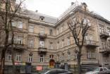 Vul. B. Lepkoho, 10 (former Brajerowska).  In 1910 Władysław Stesłowicz lived in this apartment building.