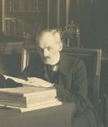 Францішек Ковалишин за роботою. З групового фото разом із Францішеком Яворським, 1911